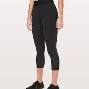 """Size 6 - Lululemon To The Beat Crop 21"""""""